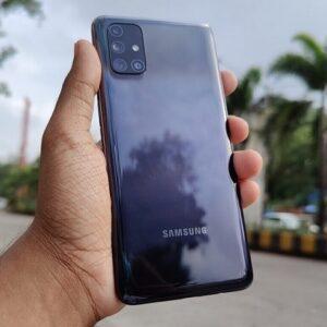 "Samsung Galaxy M31 128GB 4G 6GB RAM Tela 6,4"" Câm. Quádrupla 64MP + Selfie 32MP Bateria 6000mAh"