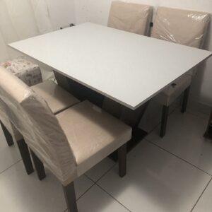 Conjunto Sala de Jantar Mesa Tampo MDF 4 Cadeiras Espanha Siena Móveis Chocolate/Suede Bege