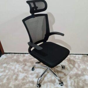 Cadeira de Escritório Presidente Giratória Preta – PRE-001 Nell