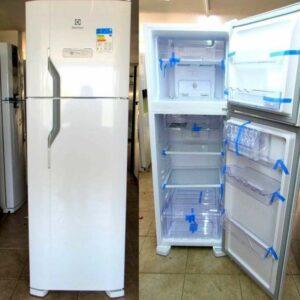 Geladeira/Refrigerador Electrolux Frost Free – Duplex 371L – 110v/220v