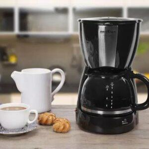 Cafeteira Elétrica Britânia corta-pingos, placa aquecedora e filtro permanente 30 Xícaras – 110v/220v