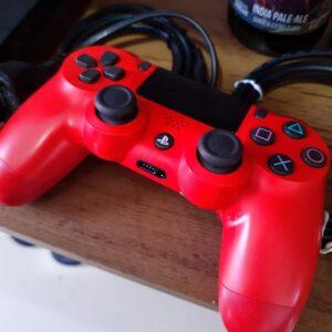 Controle para PS4 e PC Sem Fio Dualshock 4 Sony – Vermelho