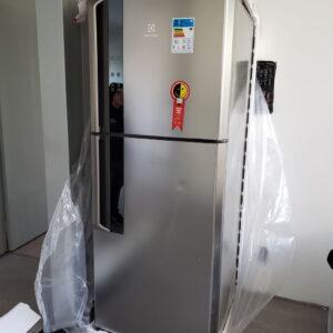 Geladeira/Refrigerador Electrolux Duplex IF55S Frost Free Inverter Top Freezer 431L Platinum – 110v/220v