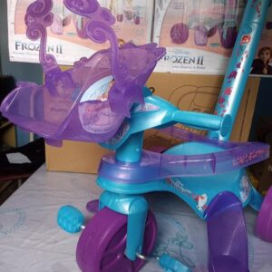 Triciclo Infantil Frozen com Empurrador – Ba...
